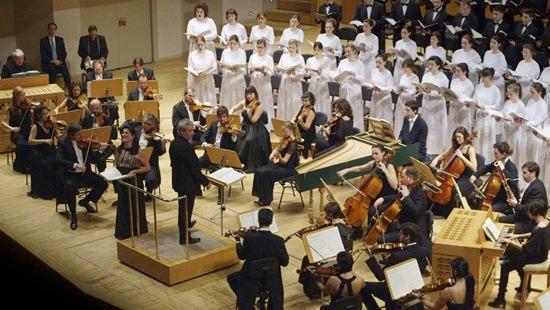 Orquesta de Cámara Andrés Segovia y el Orfeon Donostiarra